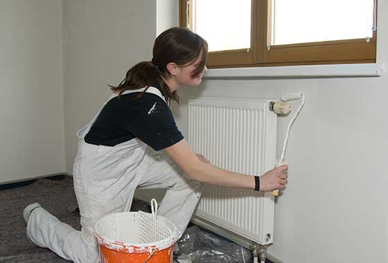 Comment peindre un radiateur - Peindre derriere radiateur ...