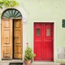 Choisir une porte d'entrée en bois