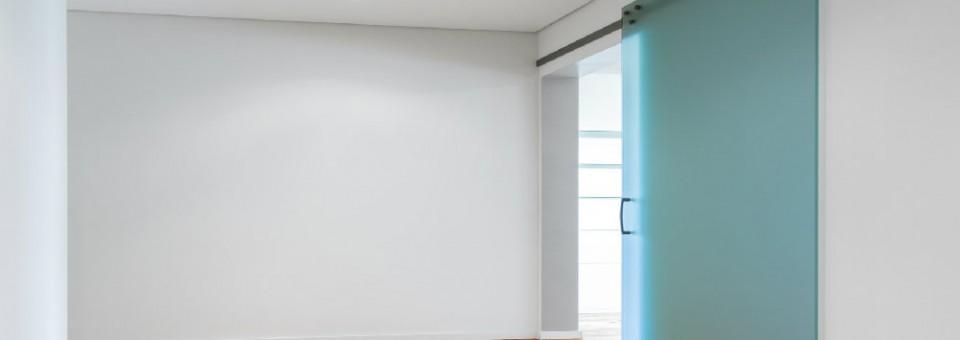Poser une porte coulissante