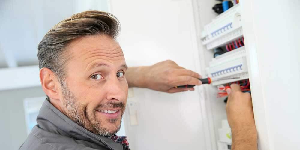C blage d un tableau lectrique - Comment faire un installation electrique ...