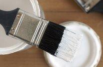 Nettoyer les pinceaux et rouleaux à peinture