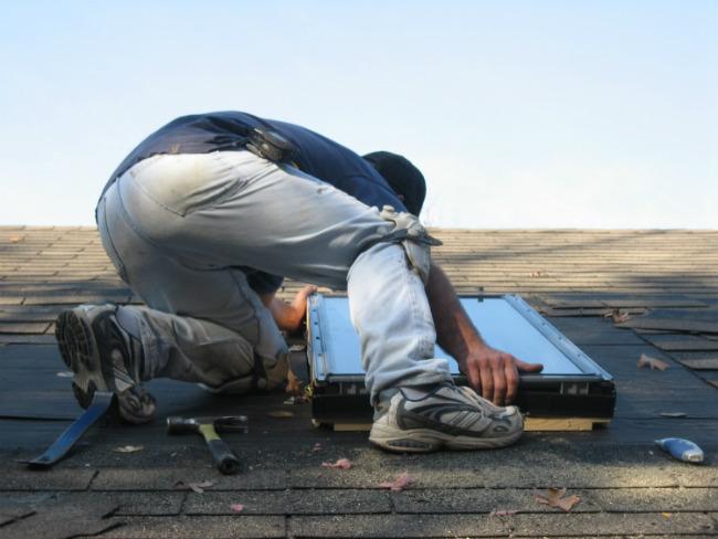 Le tarif d un velux pose et devis velux - Fenetre de toit fixe prix ...