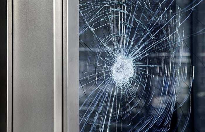 réparer vitre cassée