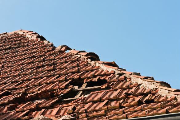 comment poser une bache pour un toit