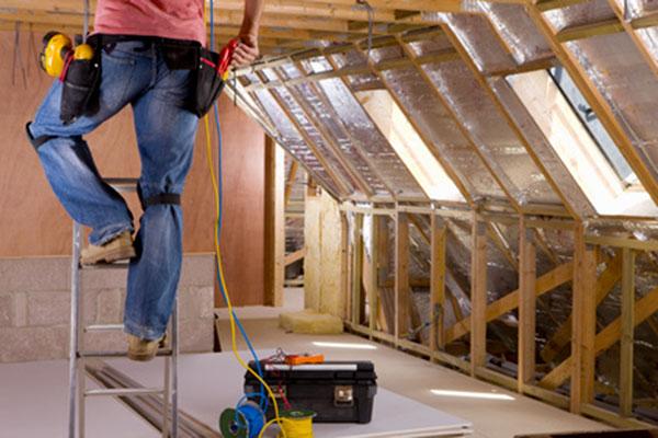 Installer l lectricit dans les combles for Installation electrique maison