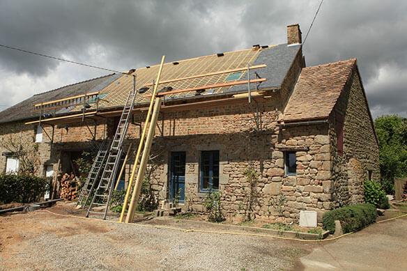 comment reperarer un toit