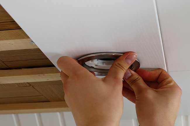 norme spot encastrable sous plafond