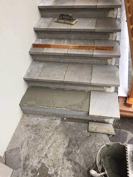 Comment carreler un escalier tournant best carrelage with - Carrelage beton exterieur ...