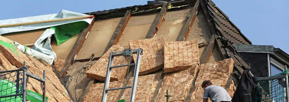 Isolation de toiture par l'intérieur ou par l'extérieur ?