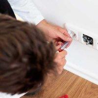 Réparer une prise électrique