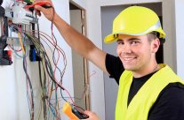 Métier électricien : formation et salaire d'un électricien