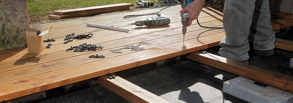 Prix d'une terrasse en bois et tarif de pose