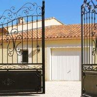 Peinture portail fer : coût pour repeindre un portail en fer