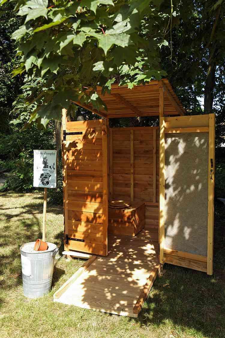 prix de pose de toilette sèche extérieur