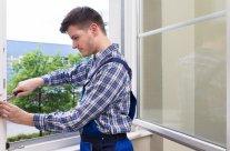 Comment ajuster une fenêtre PVC ?
